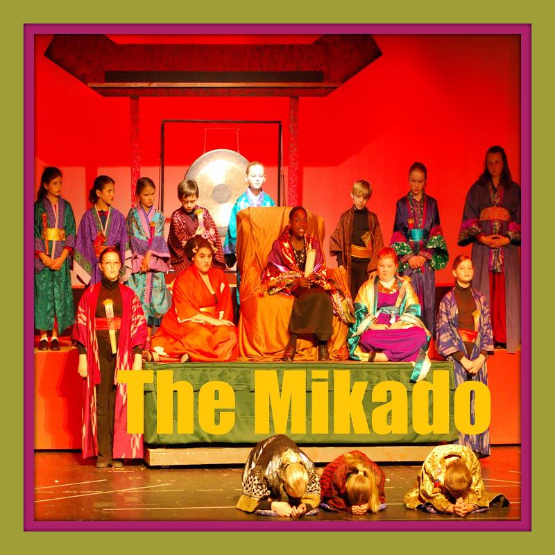 2010 The Mikado  - DSC_4196.jpg