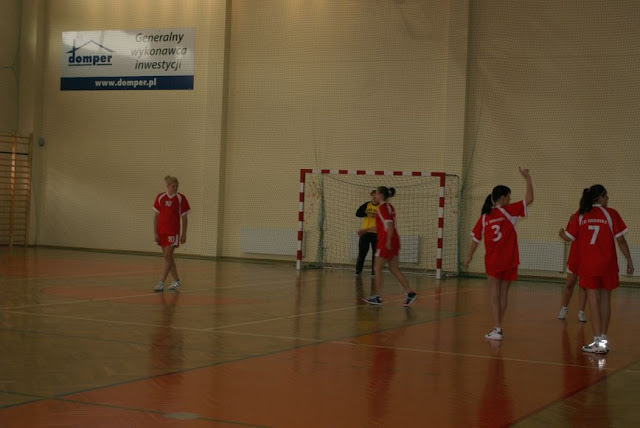 Piłka ręczna zowody listopad 2011 - DSC03890_1.JPG
