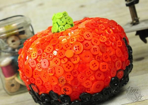 Button coated pumpkin