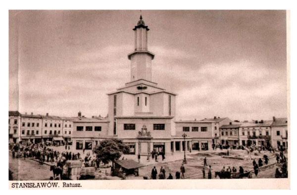 площа Ринок за польських часів
