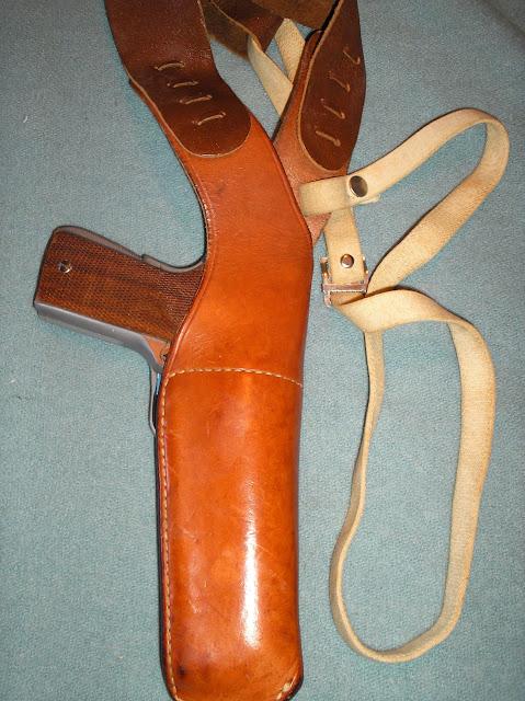 F S Vintage Bianchi X 15 Medium Vertical Shoulder Holster