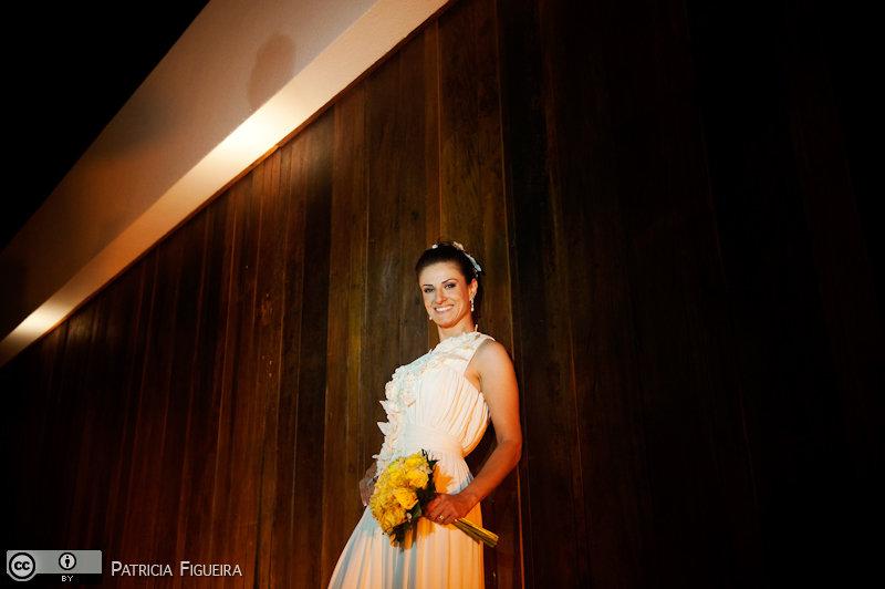 Foto de casamento 1222 de Karina e Luiz. Marcações: 30/10/2010, Casamento Karina e Luiz, Fotos de Vestido, Rio de Janeiro, Vestido, Vestido de Noiva, Victor Dzenk.