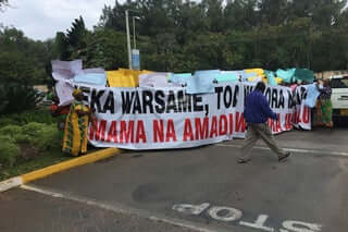 Mombasa protesters at the gate of Sarova Whitesands where annually judges conference happen. PHOTO | BANA