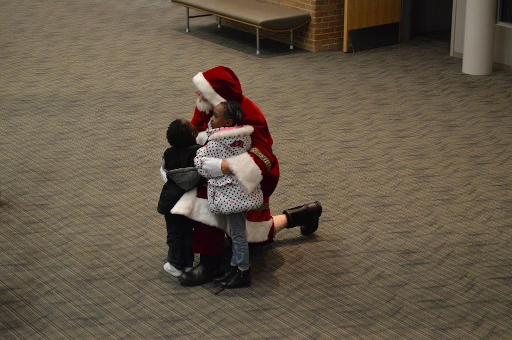 Polar Express Santa Pics 2017 - PE%2BSanta-7282.jpg