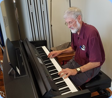 Errol Storey playing the Yamaha Clavinova CVP-609.