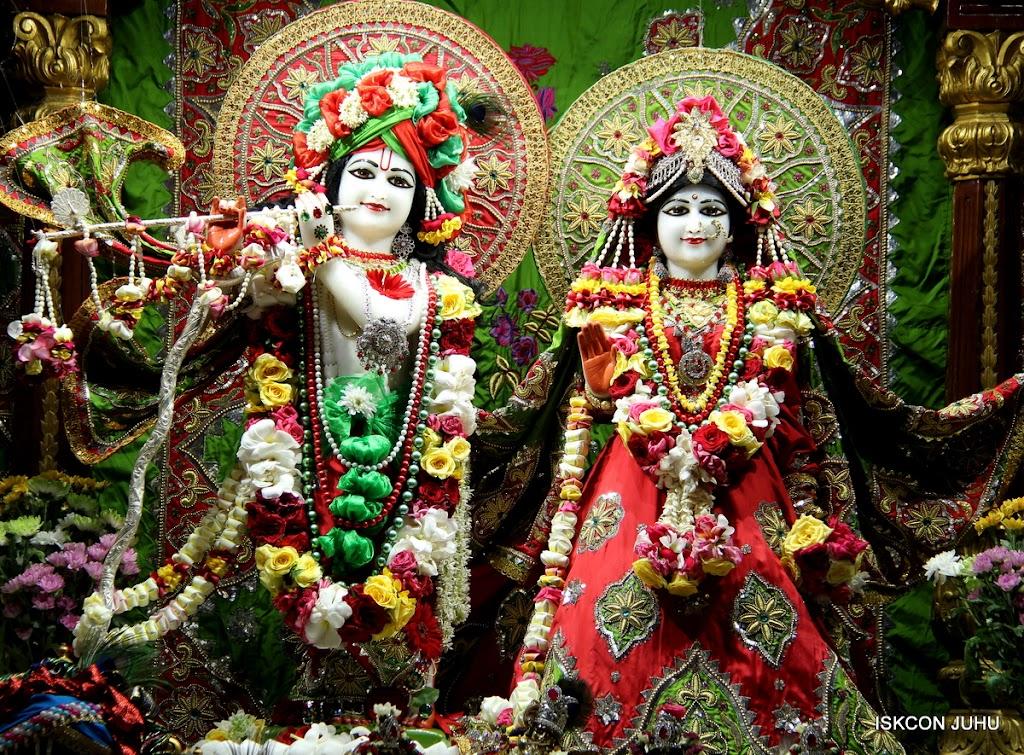 ISKCON Juhu Sringar Deity Darshan on 3rd May 2016 (2)