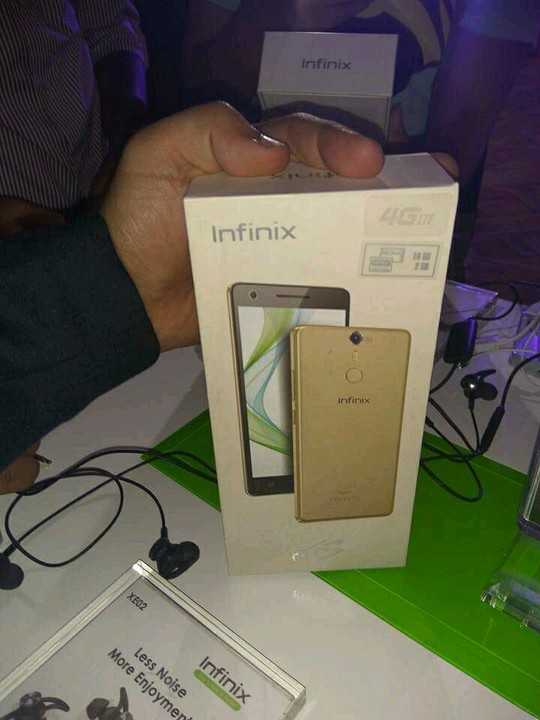 Infinix Hot S is the first infinix mobile smartphone device to come in a full Aluminium Metal body, plastic being the material used in all previous Infinix ...