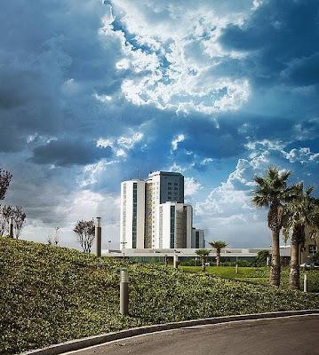 Hospital Universitari de Bellvitge, Feixa Llarga, s/n, 08907 L'Hospitalet de Llobregat, Barcelona, Spain
