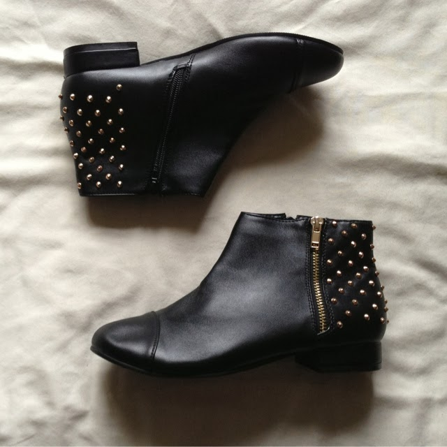 Sammi Jackson - Sleeh Shoes Peggy Studded Boots