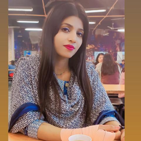 user Bharti Sharma apkdeer profile image