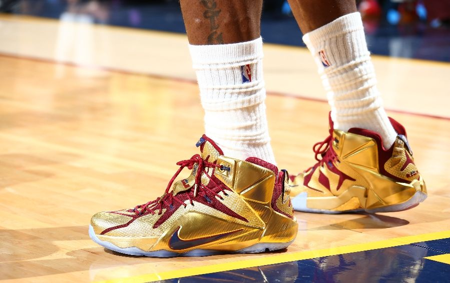 711873be43b ... LBJ Wears Shiny Nike LeBron 12 Cavs Gold Finals PE in Game 6 ...