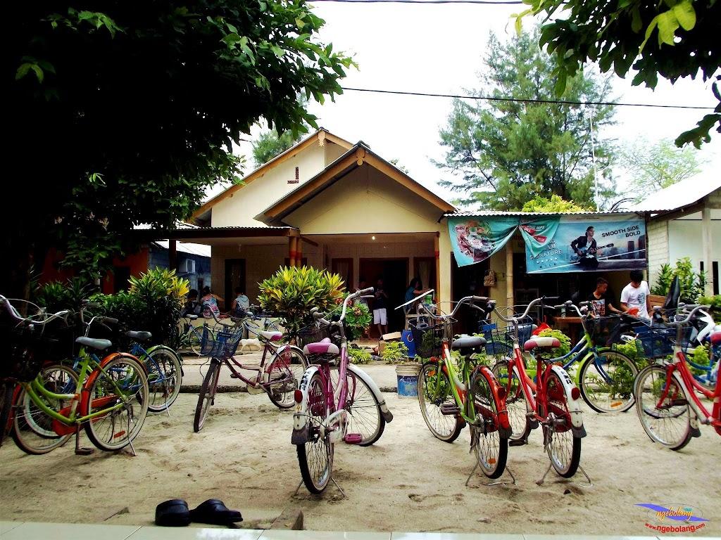 family trip pulau pari 140716 Fuji 052