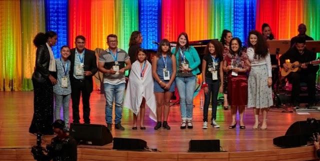 Dois alunos do Pará vencem Olimpíada de Língua Portuguesa