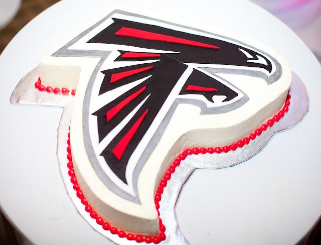 falcolns grooms cake
