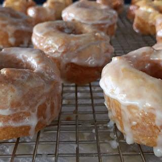 Hot Glazed Bonuts