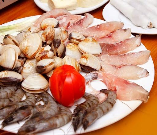 lẩu hải sản thập cẩm sơ chế hải sản