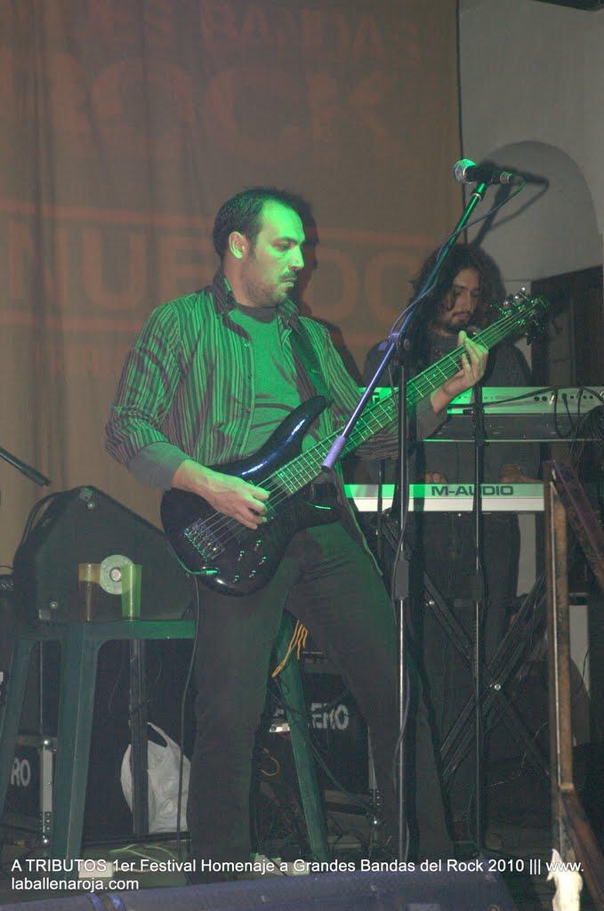 A TRIBUTOS 1er Festival Homenaje a Grandes Bandas del Rock 2010 - DSC_0005.jpg