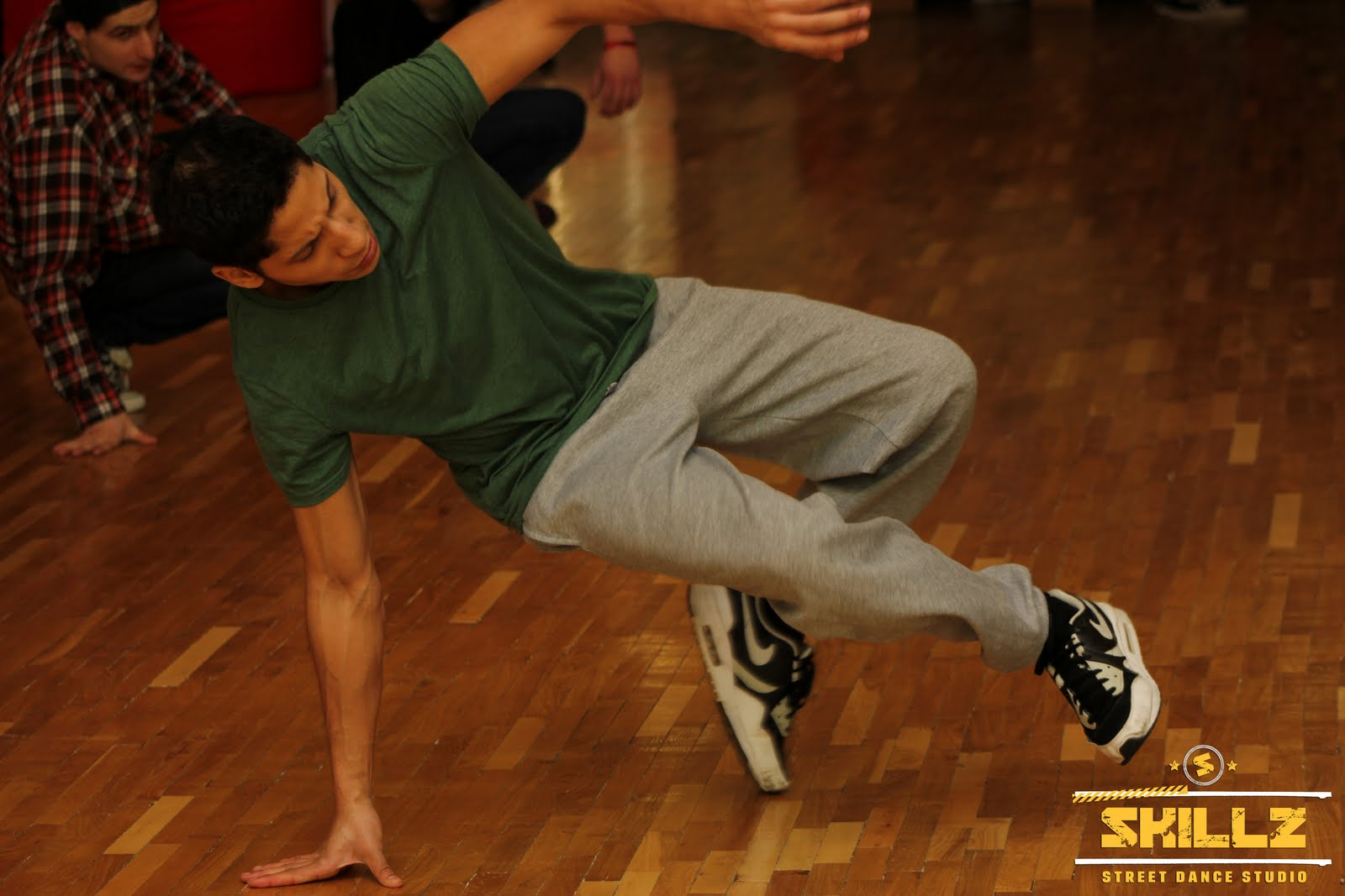 James (Olandija) Bboying workshop - IMG_2127.jpg