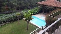 villa istana bunga Kolam Renang