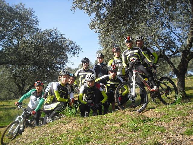 Ruta Por Sierra Morena para el sábado 16 de Febrero. Subida al Cerro desde Marmolejo. CIMG5191
