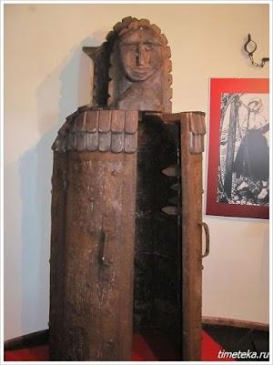 Пыточная статуя