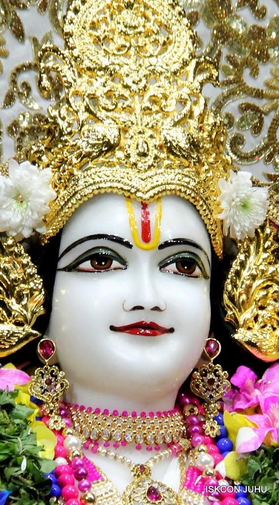 ISKCON Juhu Sringar Deity Darshan on 25th August 2016 (43)