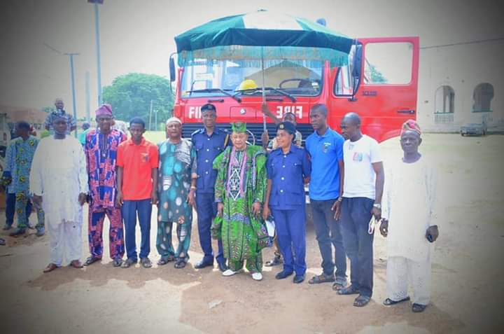 Alaafin Lauds Seyi Makinde Over New Fire Vehicls:Pledges To Rehabilitate Fire Station Borehold Destroyed But Hoodlum