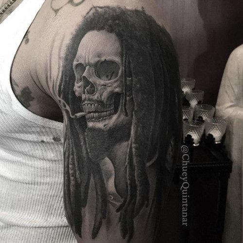 este_fenomenal_bob_marley_tatuagem_de_caveira