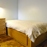 Room 04-bed