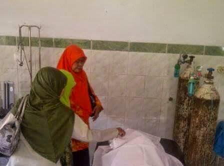Berita foto dan video terbaru sinar Ngawi: Petugas masih melakukan olah TKP dan mencari rekam mdeis terkait mennggalnya pengawas UN SMP