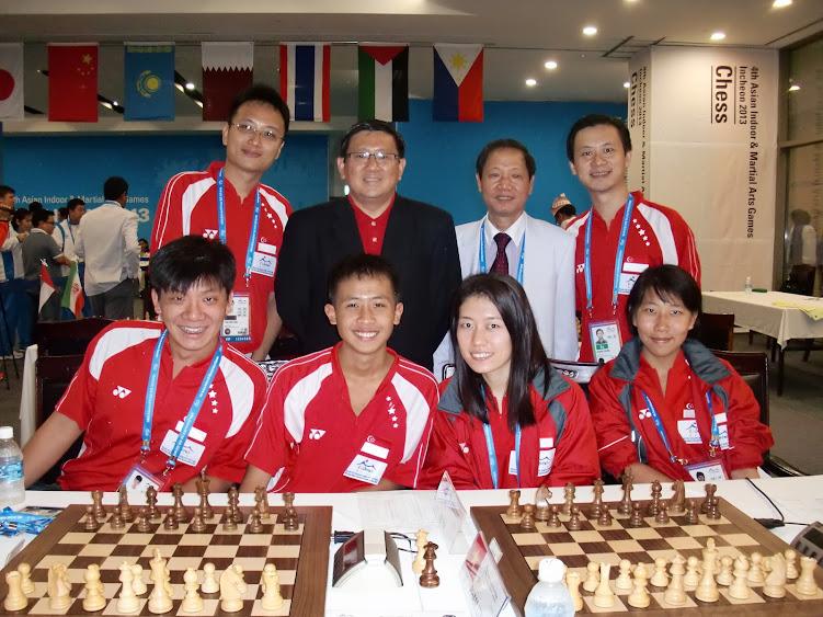 Team Singapore with Singapore Ambassador Peter Tan Hai Chuan