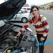 Aranzazu Comprobando el Aceite - Autoescuelas Vial Masters - Talavera de la Reina.jpeg
