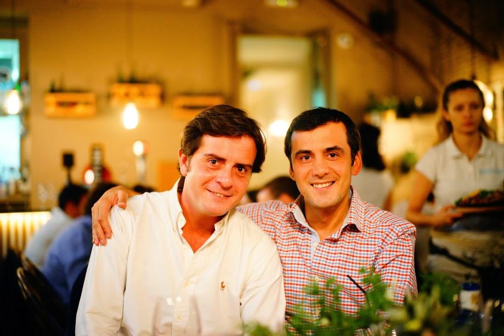 cena de amigos en el patio del fisgón genial relación calidad precio en el barrio de Salamanca
