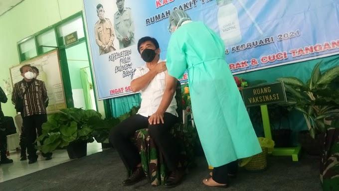 Dansatgas Hadiri Pencanangan Vaksinasi Covid-19 Di Rumkitban Atambua
