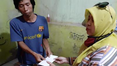 "Warga Telukjambe Timur Derita Penyakit Langka, Srikandi Mandiri Dorong Bantuan ""Mbak Ulil"""