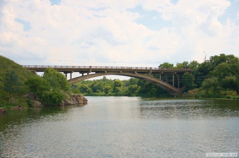 міст над Россю