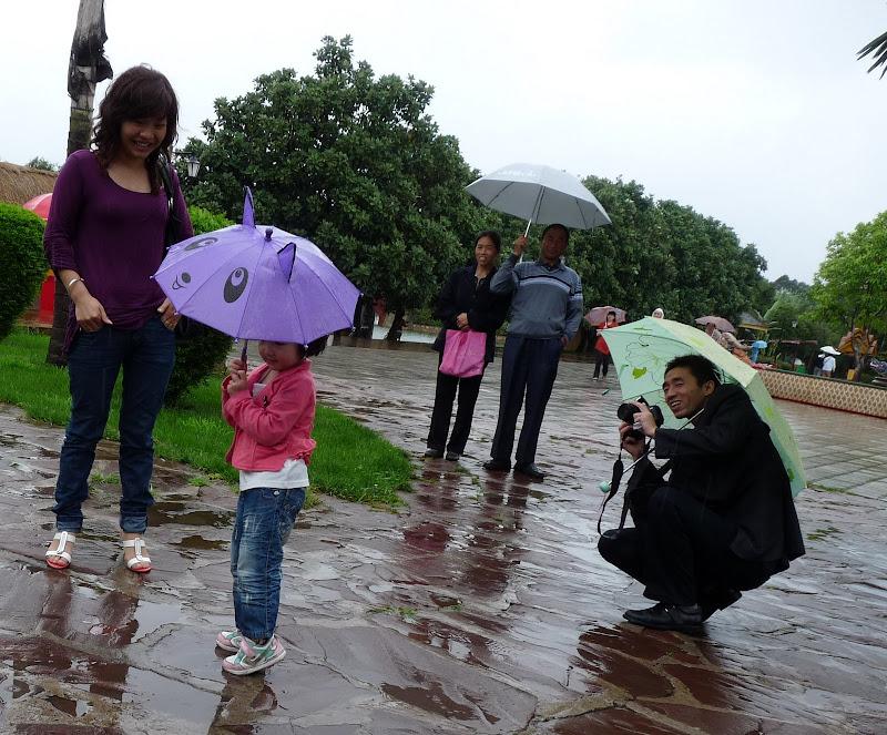 CHINE.YUNNAN.KUN MING Village des minorités 2 - P1270701.JPG