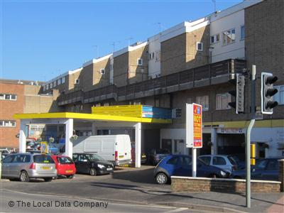Falcon Motors Service Station on Market Street - Car Body Repairs in Town Centre, Warwick CV34 4DH