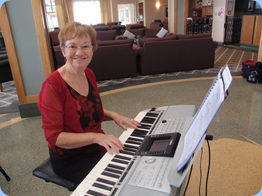 Our Events Manager, Diane Lyons, playing her Yamaha PSR -3000. Photo Courtesy of Dennis Lyons.