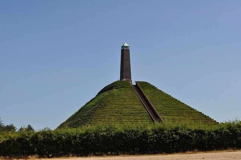 pyramid-of-austerlitz-2