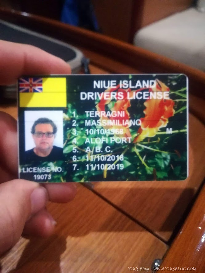 Nuova patente Niueana per Max!