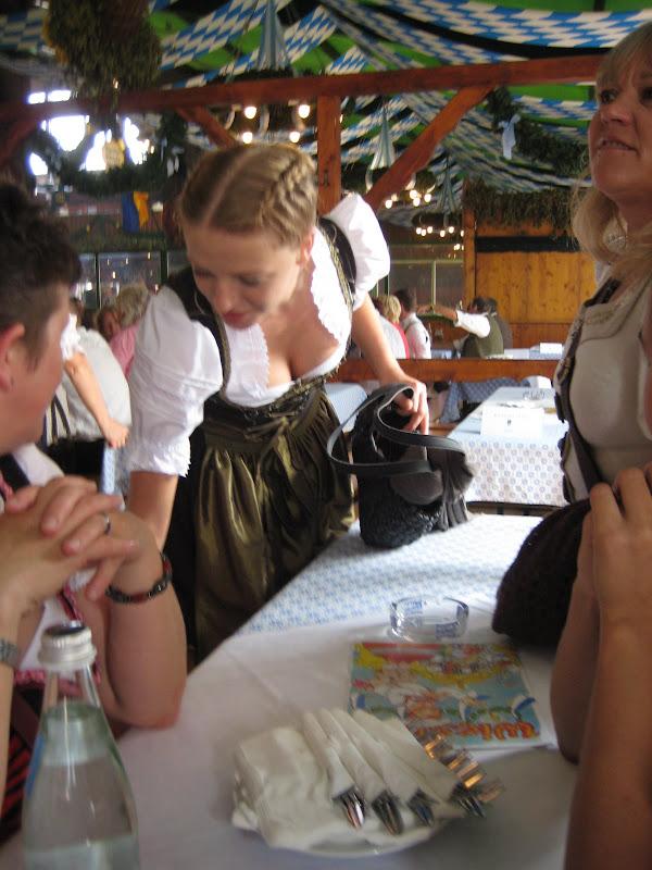 KORNMESSER BEIM OKTOBERFEST 2009 058.JPG
