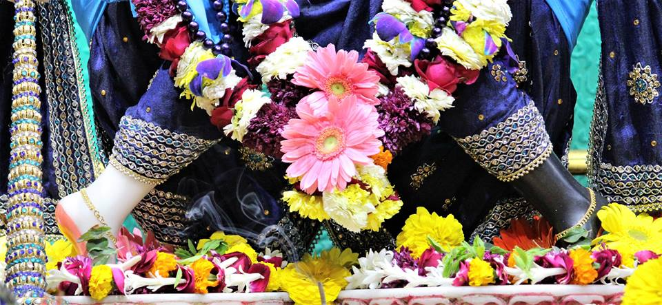 ISKCON Punjabi Bagh Deity Darshan 06 Jan 2017 (16)