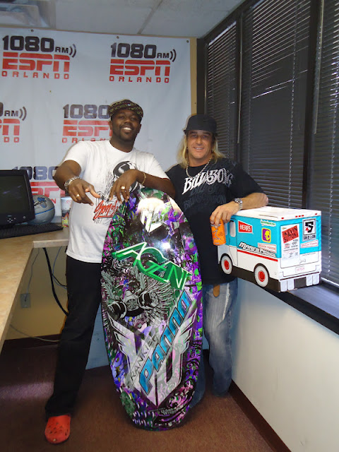 The Kevin Sutton Show on 1080 ESPN sports radio. Them off to a little night shoot at Scotts. - dsc01675_0011.jpg