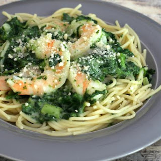 Easy Shrimp With Spinach and Alfredo Sauce