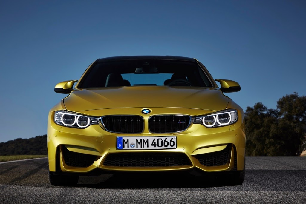 2015 BMW M4 Coupe 19