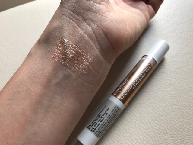 Catrice Liquid Luminizer Strobing Pen
