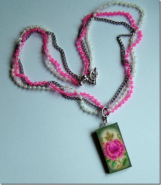 AW Lace Frag necklace 2
