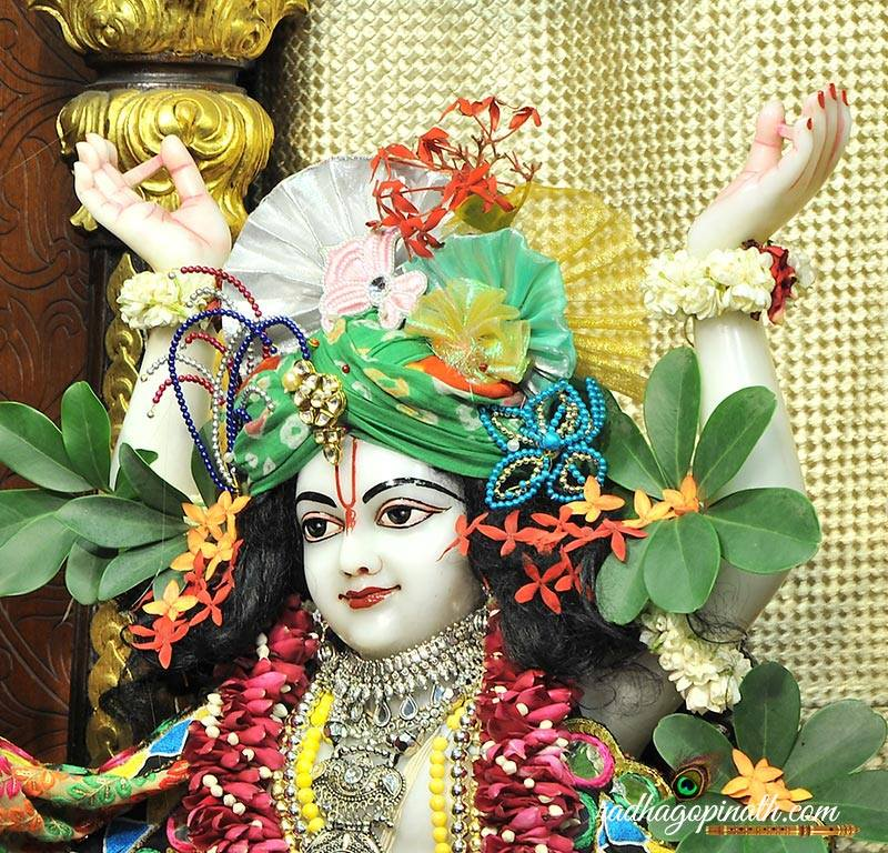 ISKCON Chowpatty Deity Darshan 31 August  2016 (20)