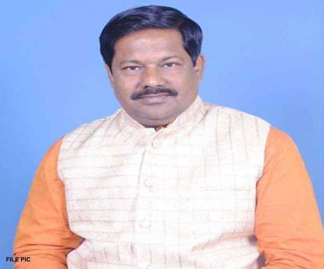 BJP MP का आपत्तिजनक बयान- मदरसों में दी जाती पंक्चर बनाने वाली शिक्षा, तब्लीगी जमात में आतंकी